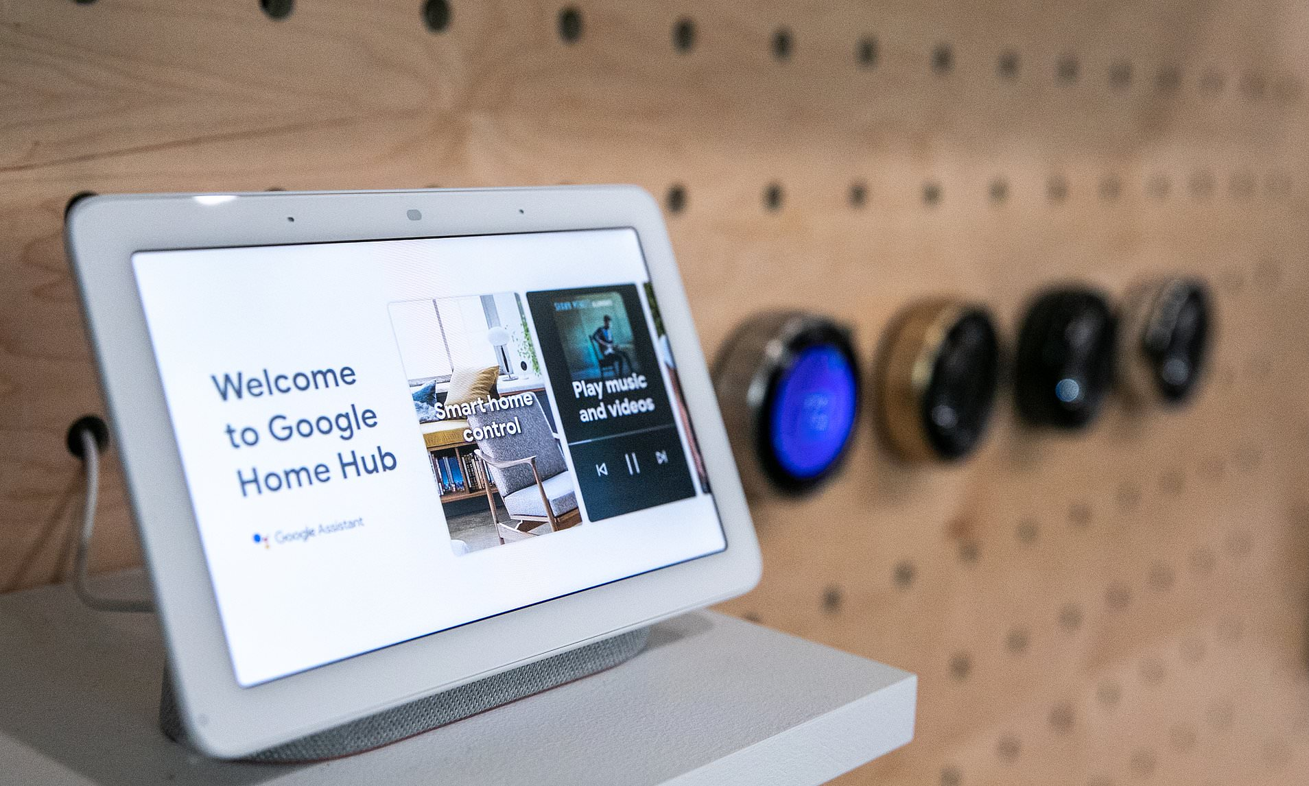 Give Your Google Home Mini An Adorable Android Robot Body